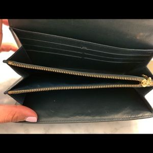 Louis Vuitton Bags - Authentic Louis Vuitton Wallet